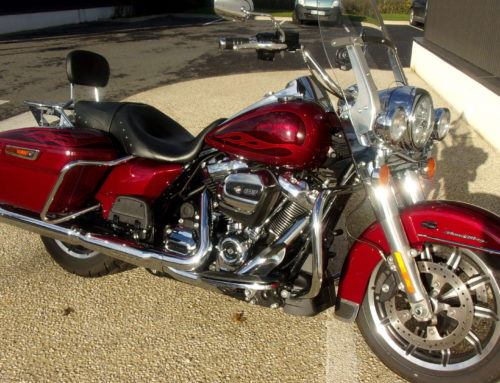 HARLEY-DAVIDSON – FLHR ROAD KING